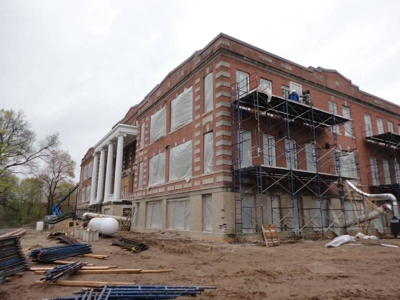 Work on the Exterior of the Main Building